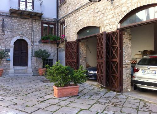 Garage ed entata B&B